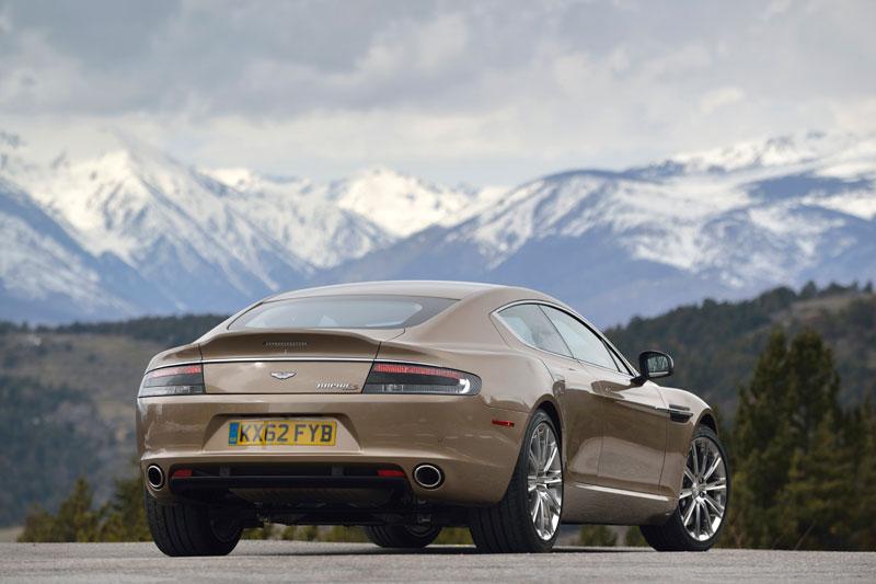 Contacto: Aston Martin Rapide