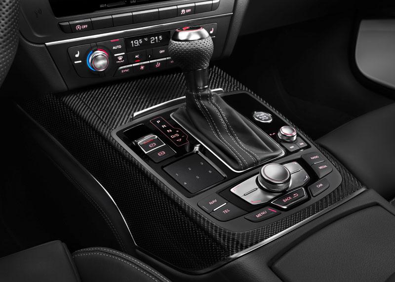 Contacto: Audi RS6 Avant