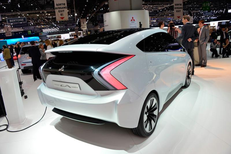 Mitsubishi CA-MiEV, futuro monovolumen eléctrico