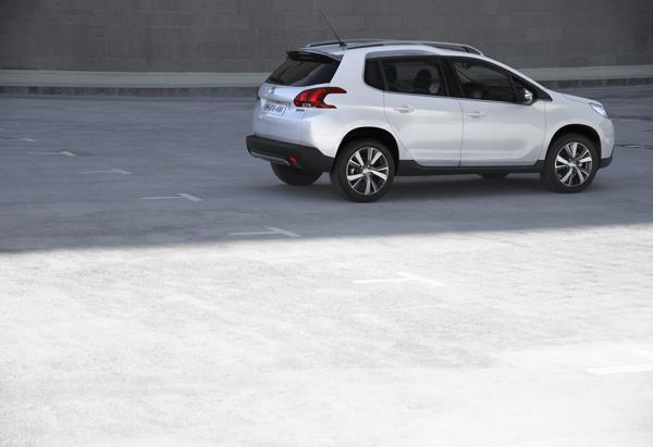 Contacto: Peugeot 2008, el nuevo SUV pequeño de Peugeot