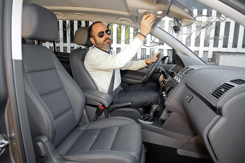 Duelo monovolumen: VW Touran vs Toyota Verso