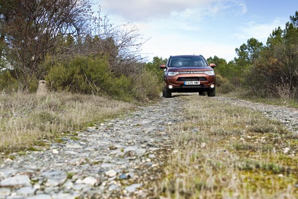 Prueba: Mitsubishi Outlander 220 DI, entre práctico y divertido