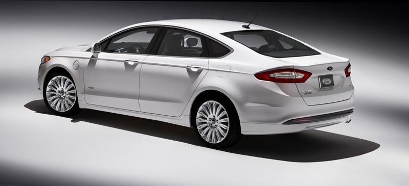 Ford pone a punto el Fusion 1.5 Ecoboost