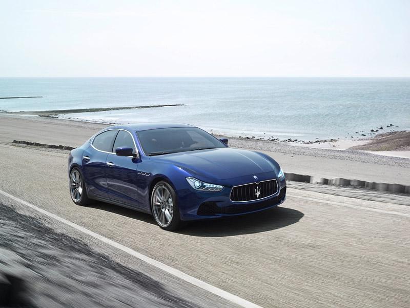 Maserati Ghibli, contacto