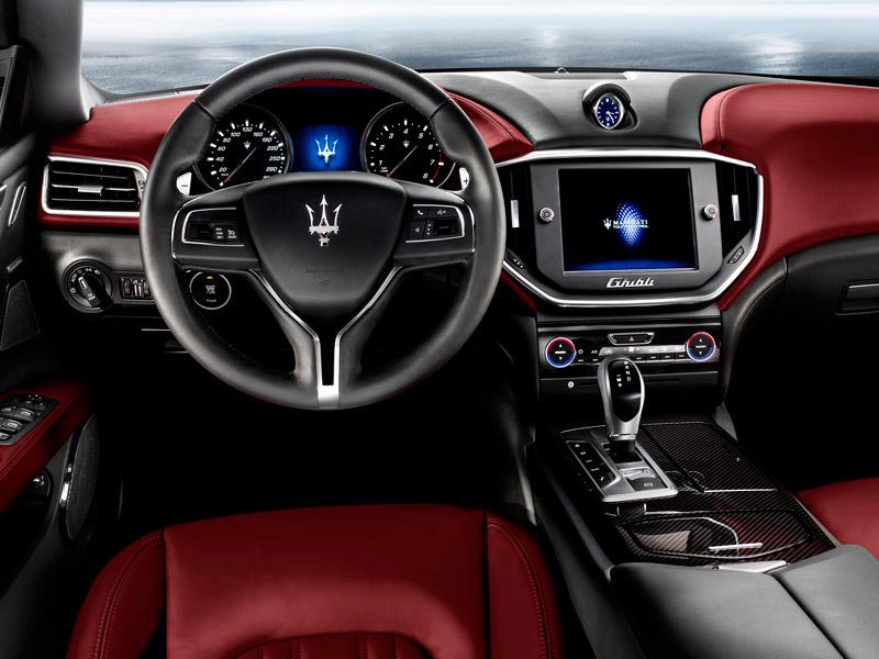 Interior del Maserati Ghibli