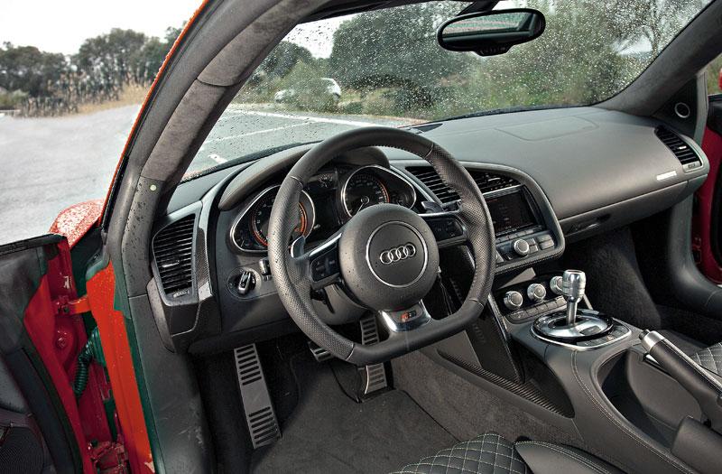 Prueba: Audi R8 V10, Ferrari con aros