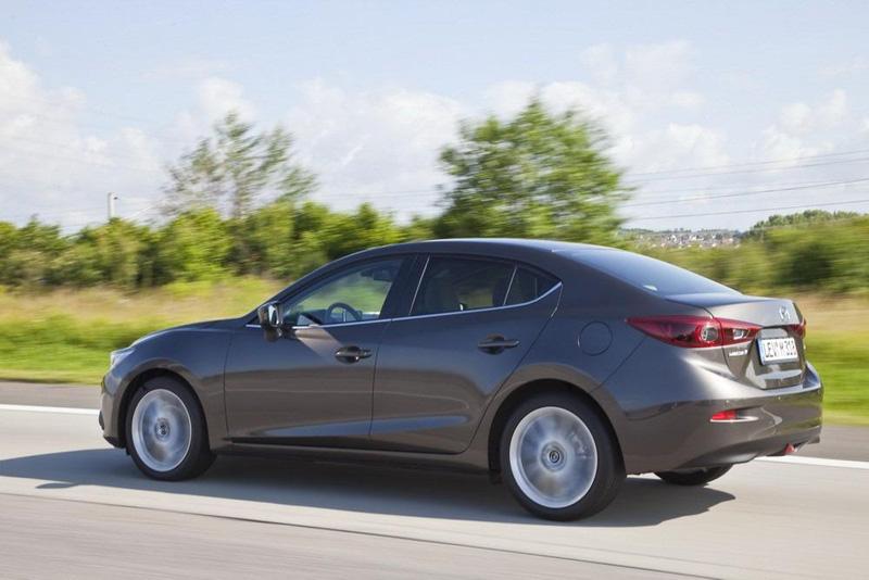 Nuevo Mazda3 Sedan, más versatilidad