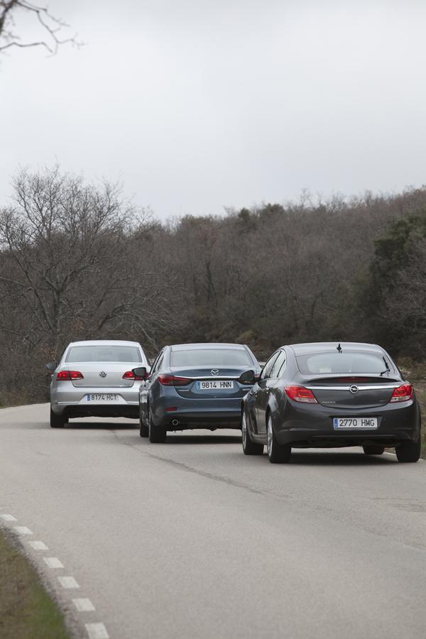 Comparativa: Mazda 6 2.2 Skyactive-D vs Opel Insignia 2.0 CDTi Ecoflex y Volkswagen Passat 2.0 TDI BMT