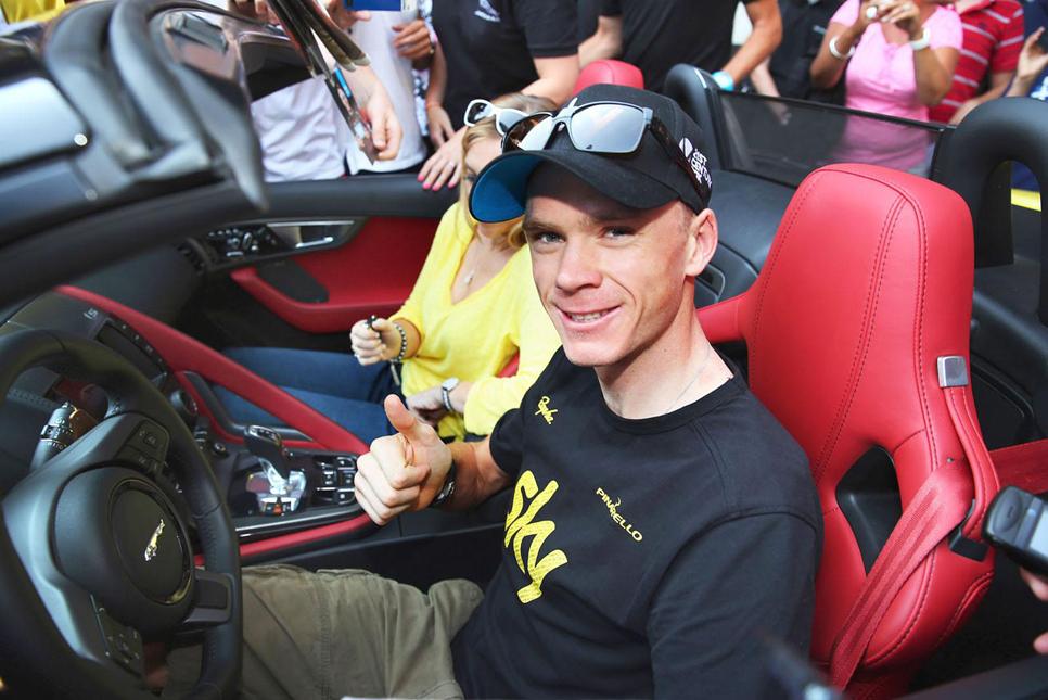 Chris Froome se lleva un Jaguar F-Type a casa