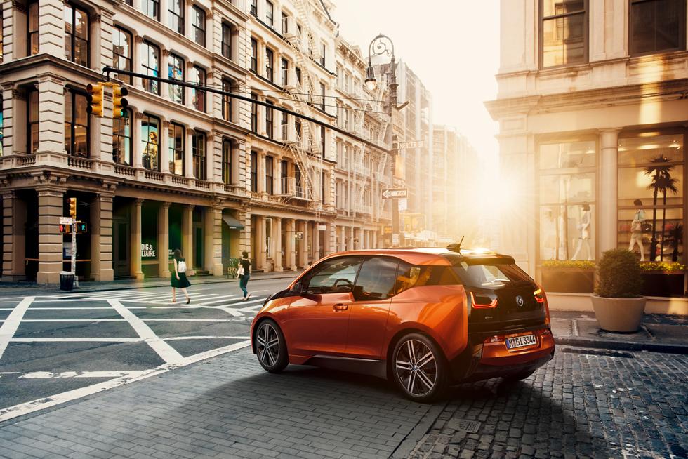 BMW i3, fotos finales del electro-deportivo