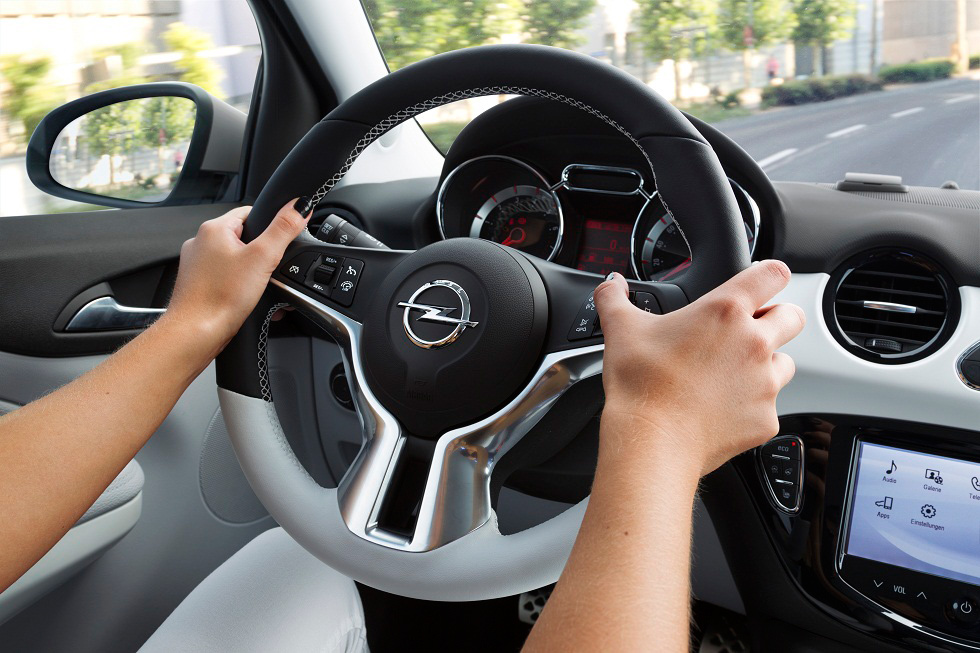 Opel Adam Black Link y White Link, aún más personal y conectado