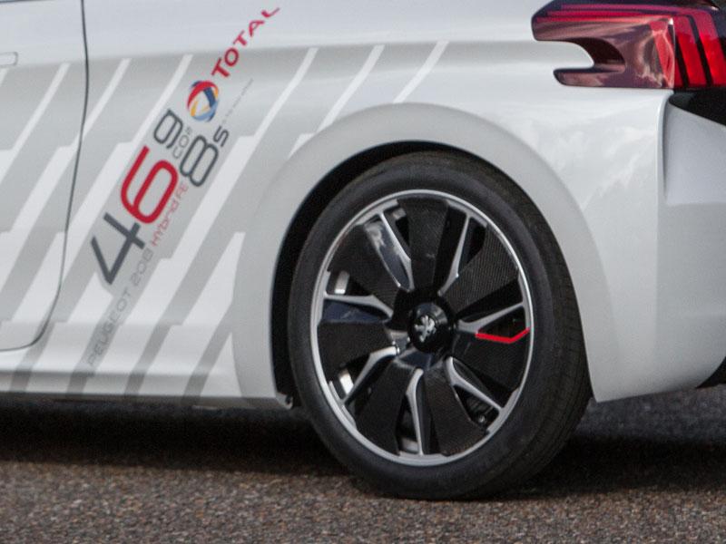 Peugeot 208 FE Hybrid