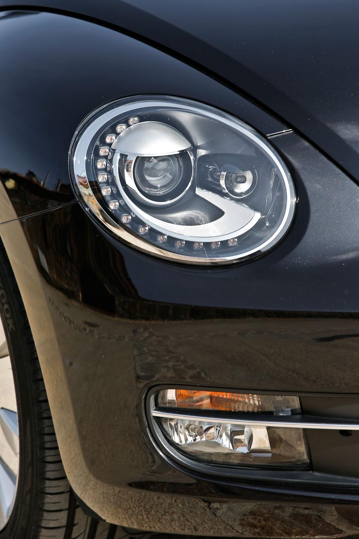 Peugeot RCZ 1.6 THP vs VW Beetle 1.4 TSI