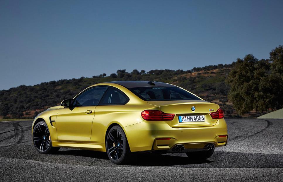 BMW M4 Coupé parte trasera