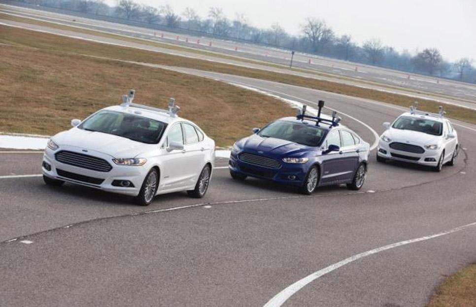 Ford Fusion Híbrido automatizado