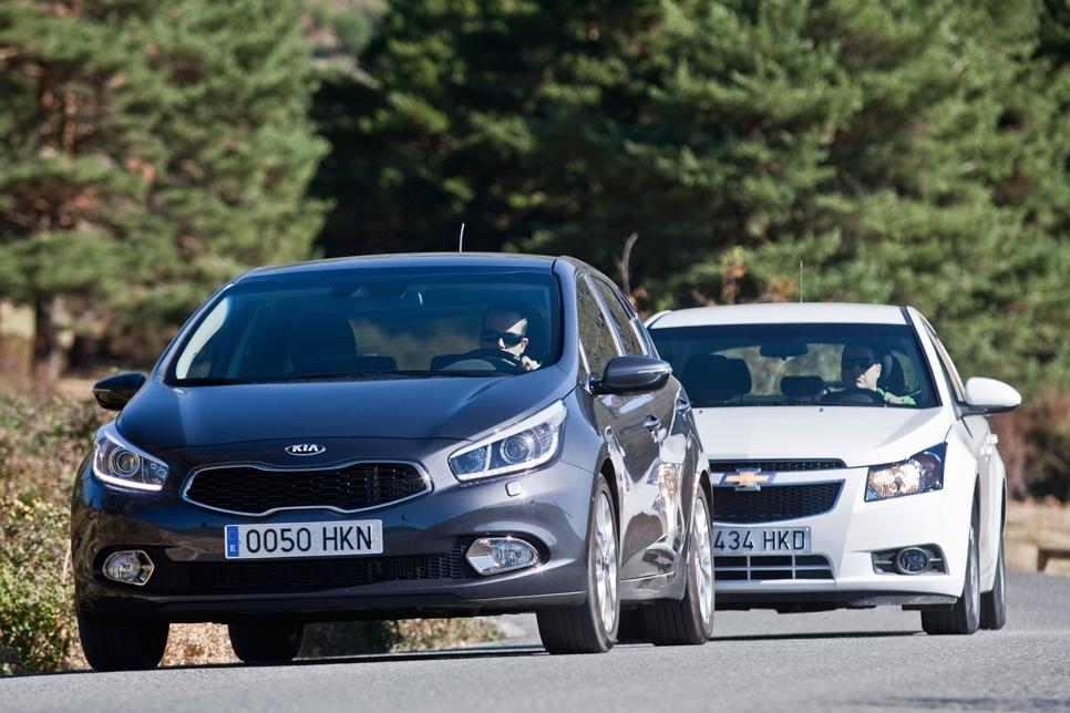Kia Ceed y Chevrolet Cruze