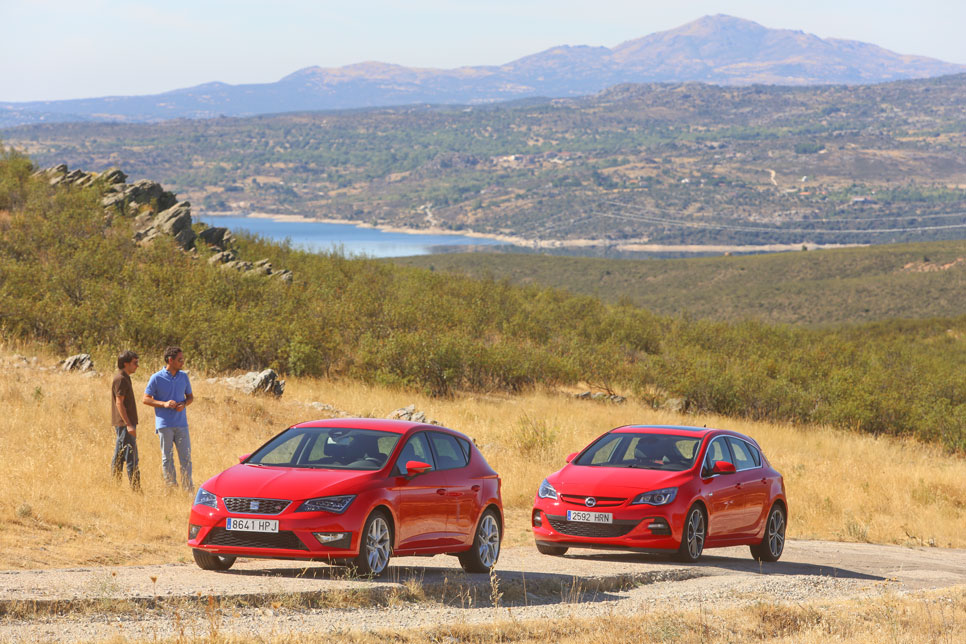 Opel Astra CDTi biturbo vs Seat León TDI FR