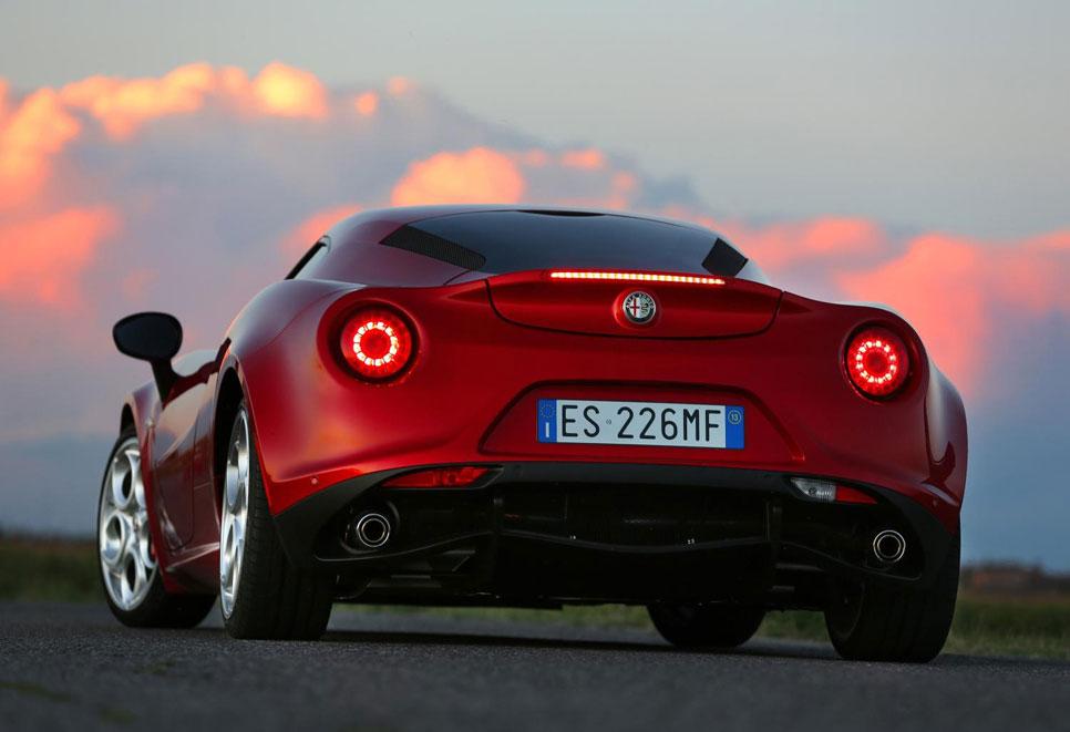 Best Cars 2014 Italia: Alfa Romeo 4C
