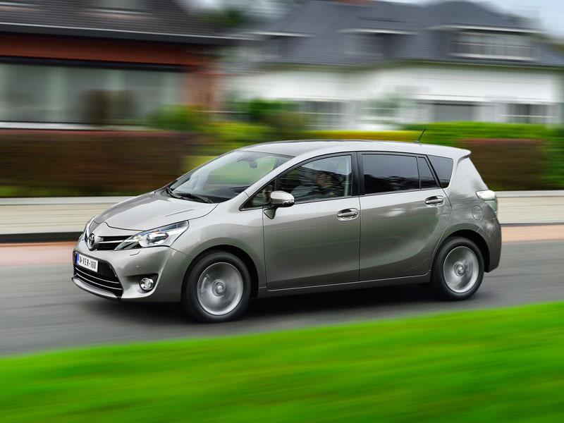 Contacto: Toyota Verso 2014