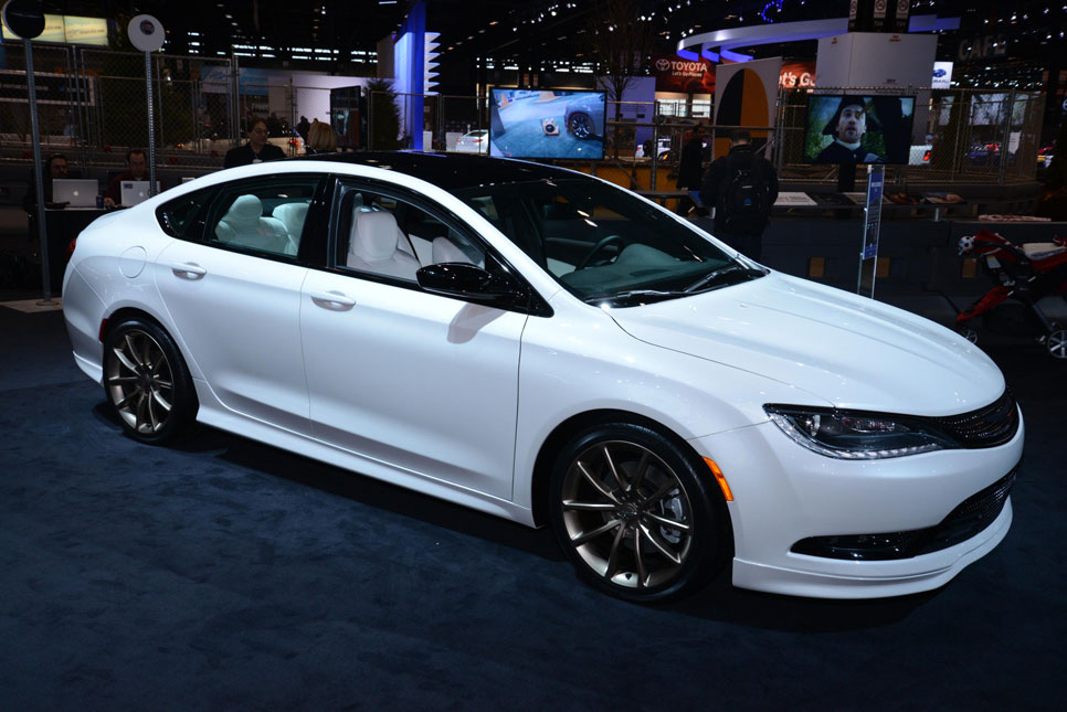 Chrysler 200 by Mopar