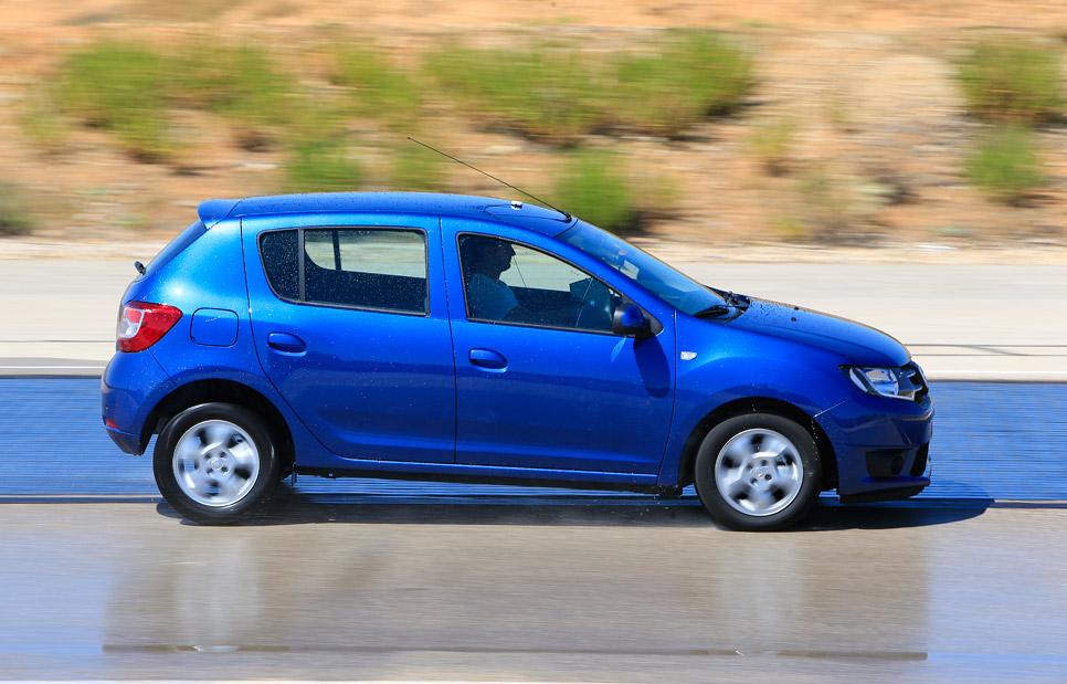 Renault Clio 1.5 dCi y Dacia Sandero 1.5 dCi, frente a frente