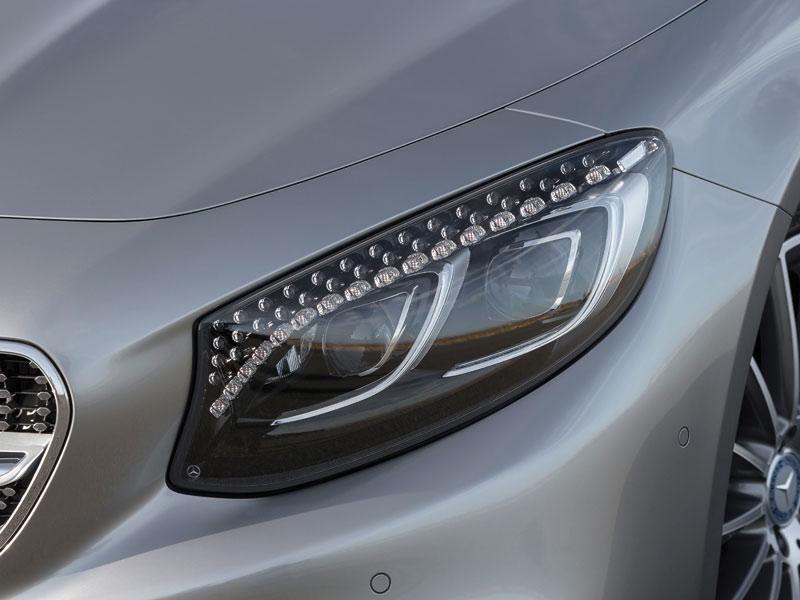 Cristales de Swarovski en los faros del Mercedes Clase S Coupé
