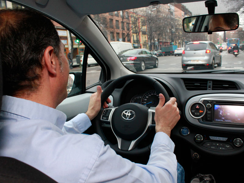 24 horas en Toyota Yaris híbrido