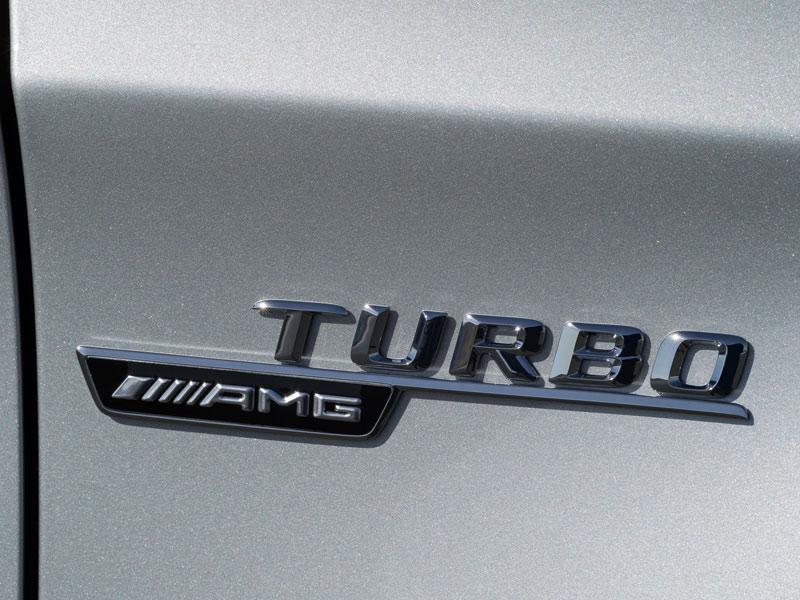 Mercedes GLA 45 AMG: contacto