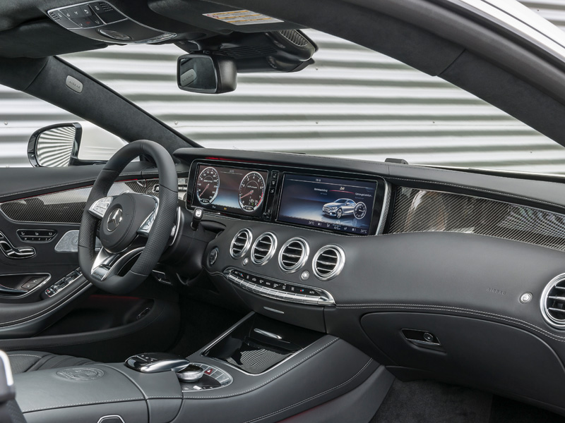 Mercedes S63 AMG Coupé 4Matic interior