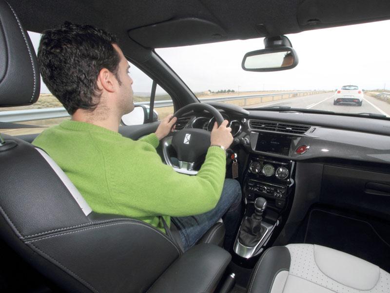 Citroen DS3 puesto de conducción