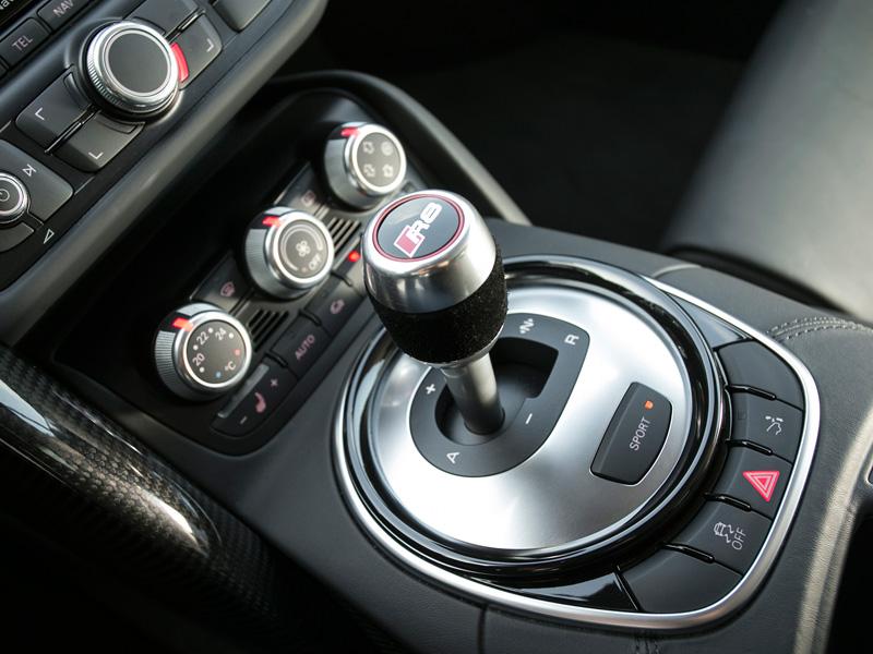 Audi R8 V10 Plus y Porsche 911 Turbo S, tecnología cara a cara