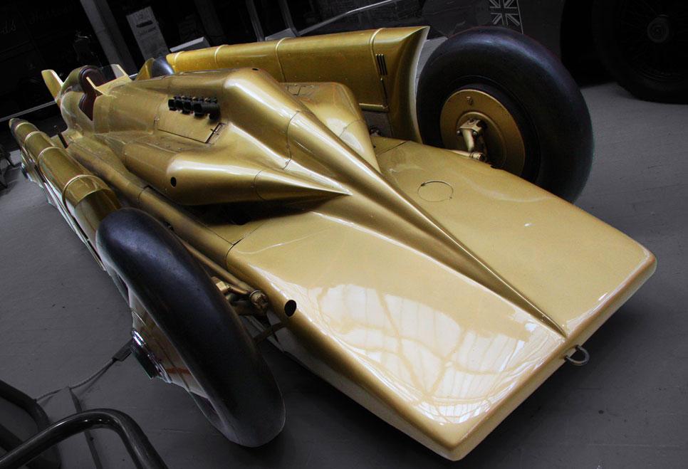 Coches antiguos que rompieron récords de velocidad