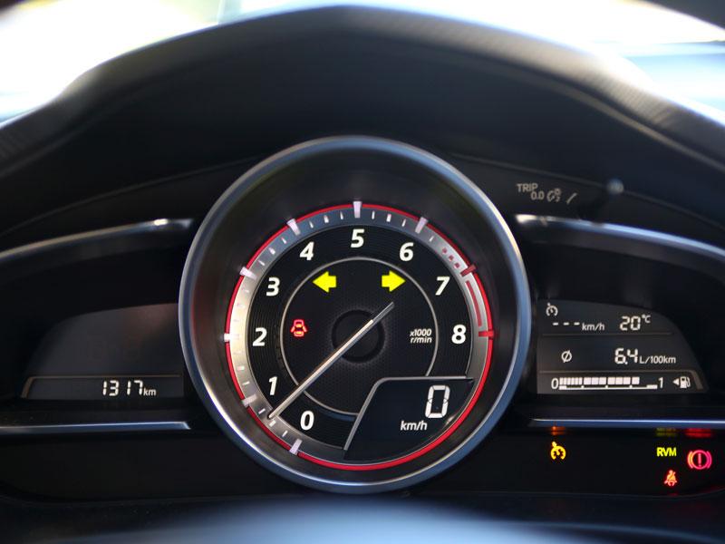 Mazda 3 2.0 120 CV Luxury 5p