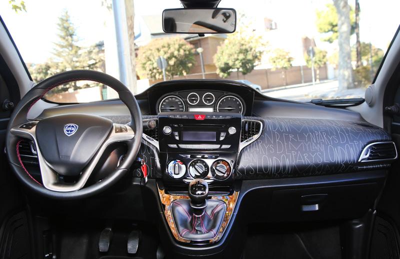 Comparativa:Citroën C3 frente a Lancia Ypsilon