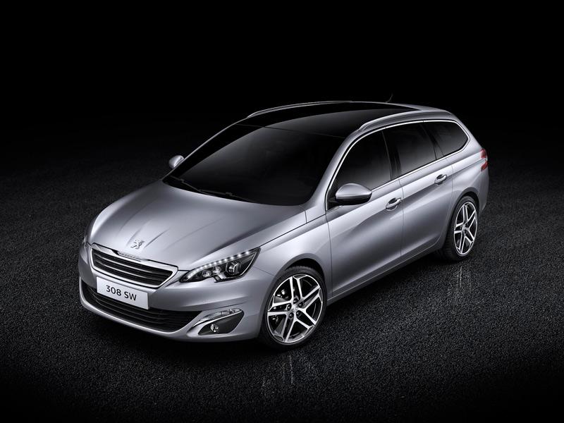 El Peugeot 308, con nuevos motores 1.2 PureTech y 2.0 BlueHDI