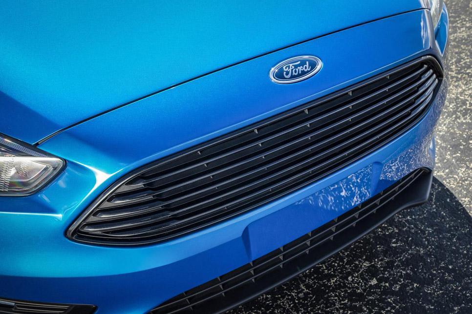 Ford Focus Sedán 2015