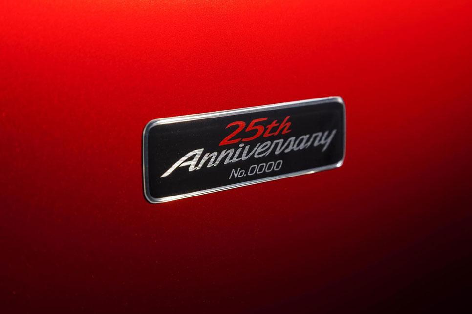 Maxda MX-5 edición 25 aniversario para el Salón de Nueva York