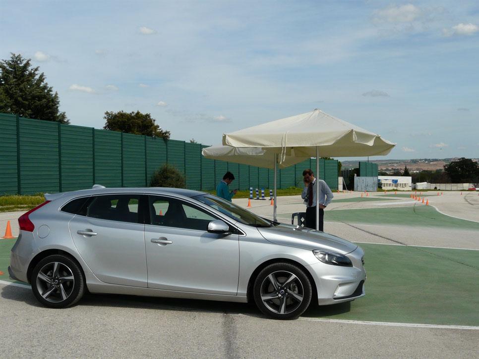 Probamos la seguridad activa de Volvo