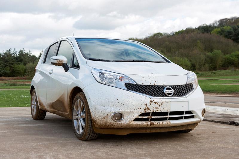 Nissan autolimpiable, el Nissan que se limpia solo