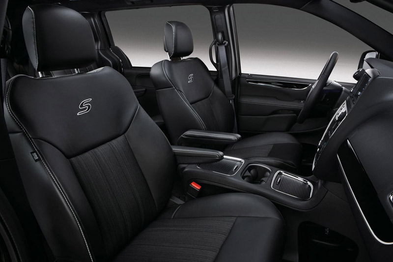 Lancia Voyager S