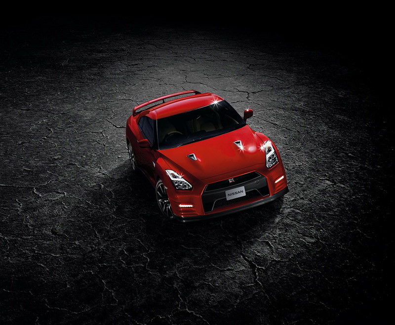 Nissan GT-R 2014, la bestia deportiva se actualiza