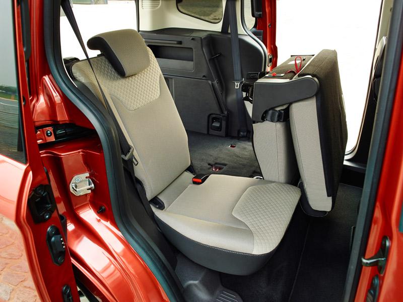 Nuevo Ford Tourneo Courier 2014