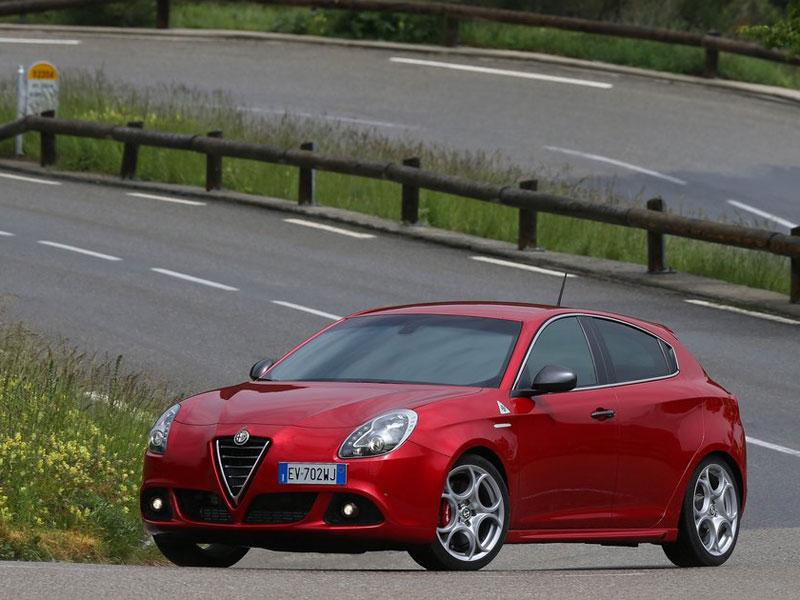 Contacto: Alfa Romeo Giulietta QV, renovación profunda