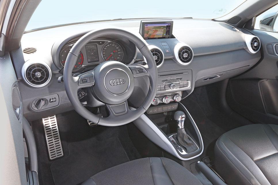 Audi A1 1.4 TFSI CoD vs Mini Cooper