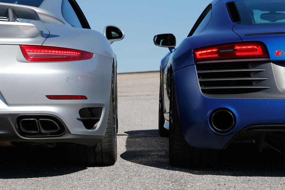 Comparativa: Audi R8 V10 Plus vs Porsche 911 Turbo S
