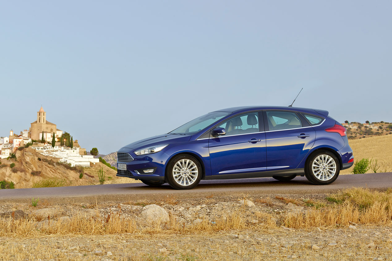 Contacto: Ford Focus 2014