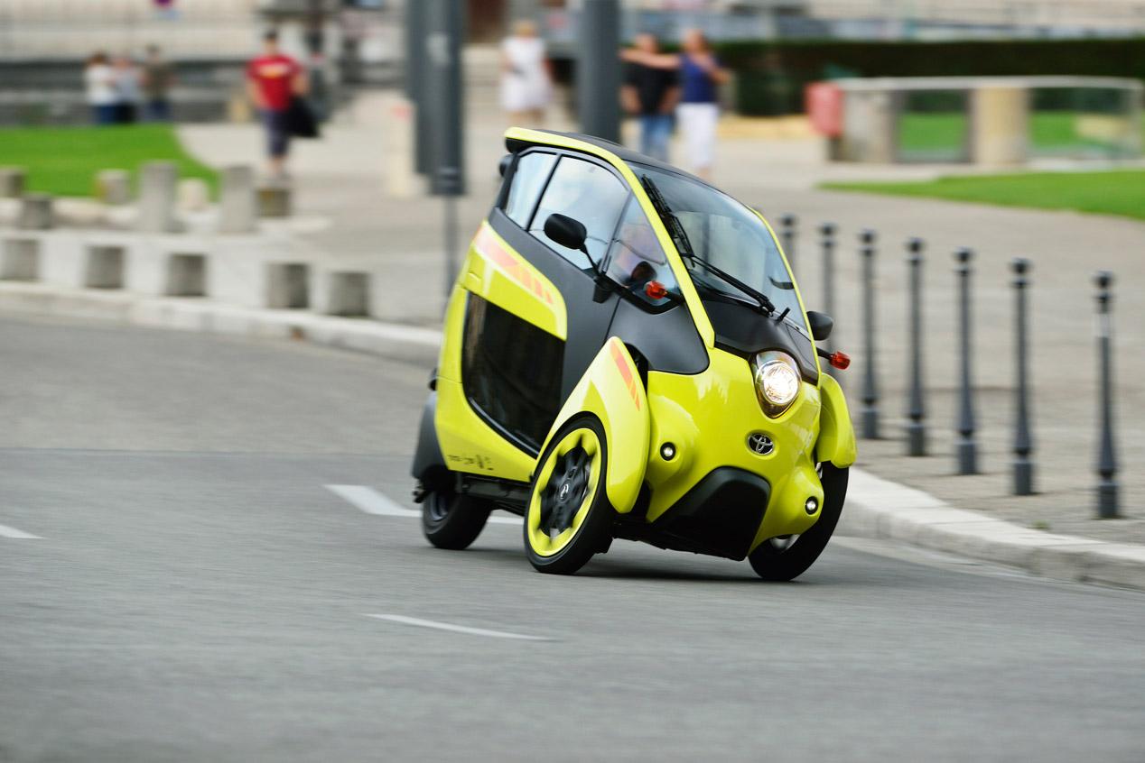 Grenoble, ciudad europea de los Toyota i-ROAD y COMS