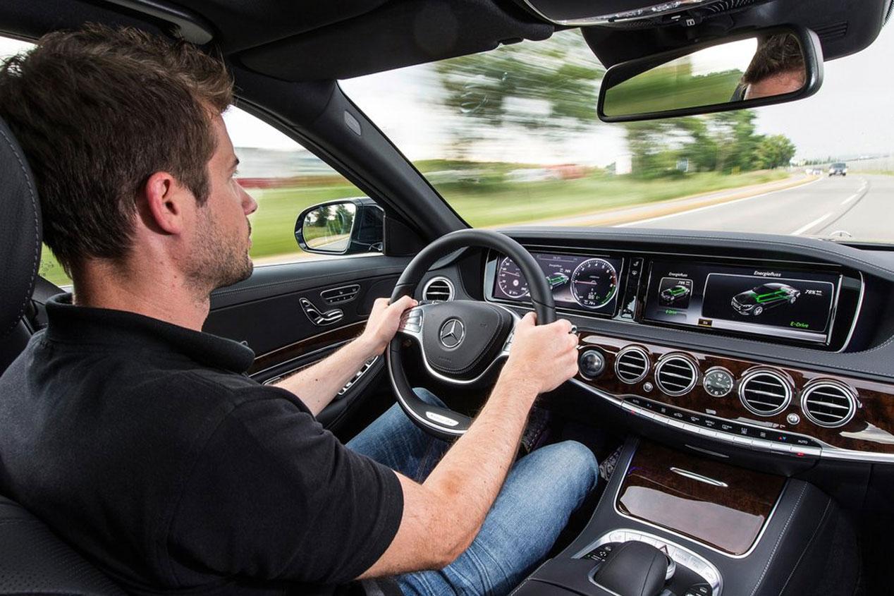 Contacto: Mercedes S 500 Plug-in Hybrid, marcando camino