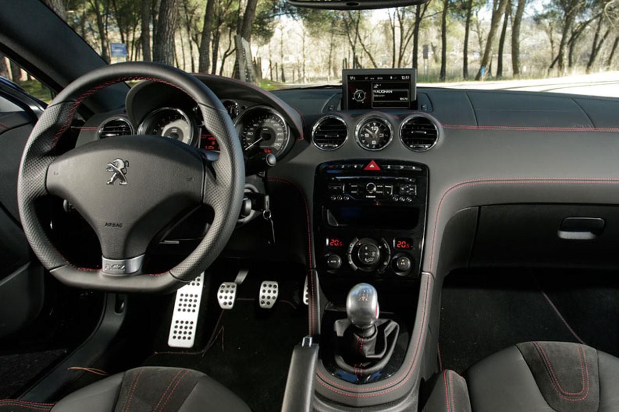 Comparativa: Peugeot RCZ R vs Seat León Cupra 280