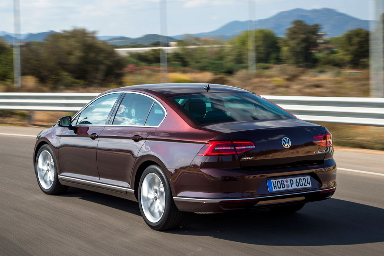 Contacto: VW Passat, más Premium ¿más líder?